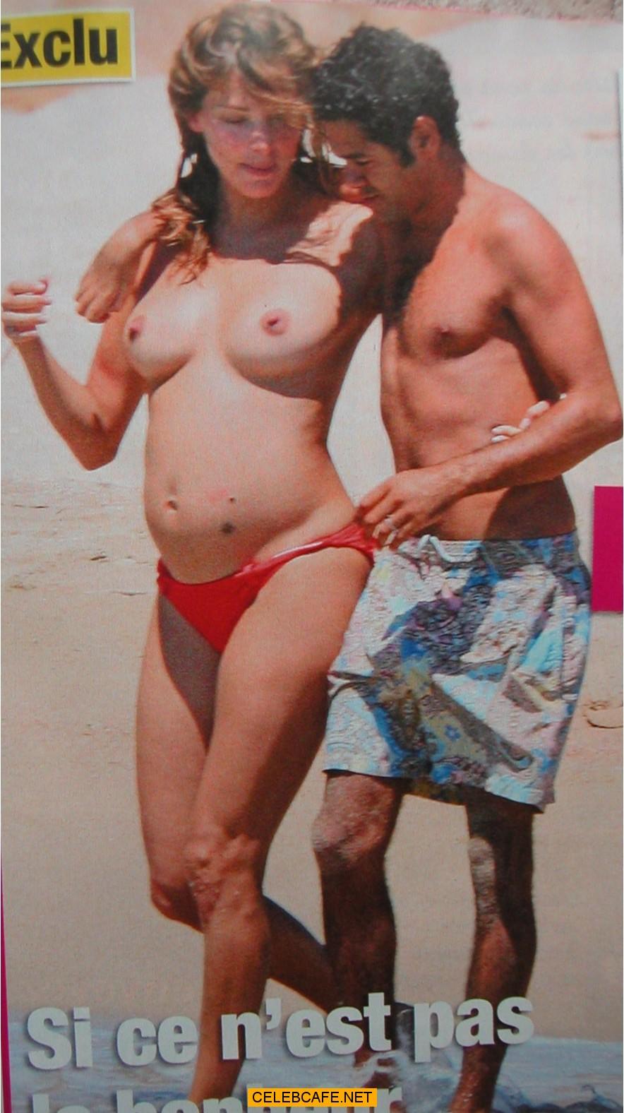 Ana Garcia Siñeriz Topless topless and nude celebrity paparazzi pics. oops, nipslip