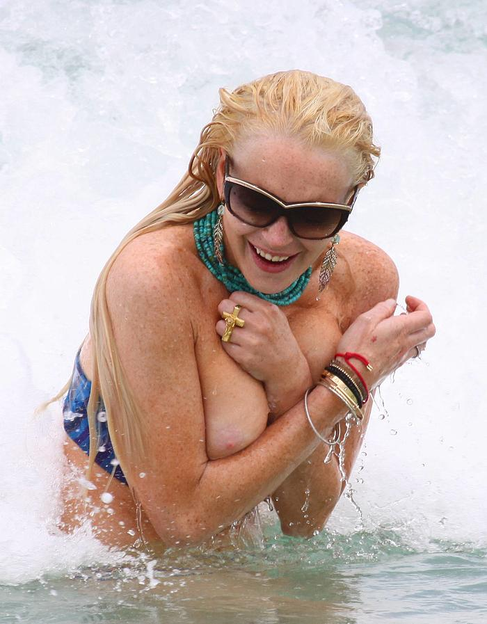 lindsay-lohan-topless-pictures