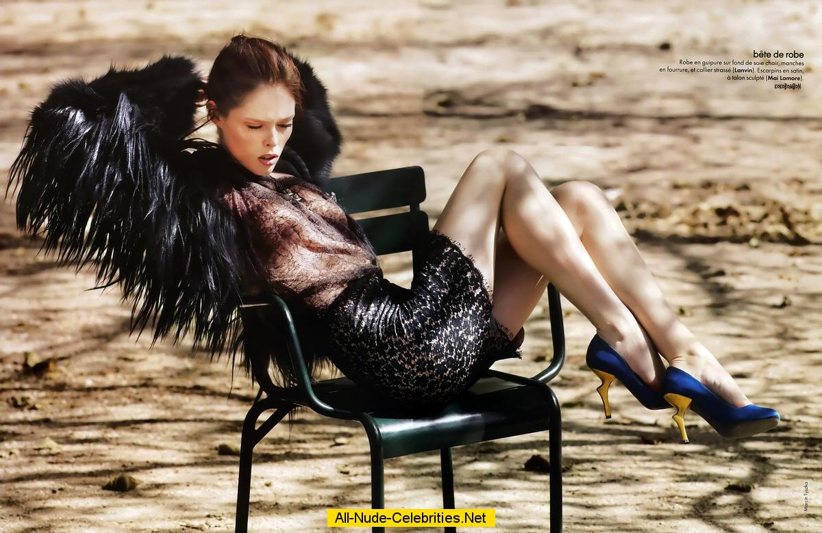 Supermodel coco rocha reveals pregnancy with photo