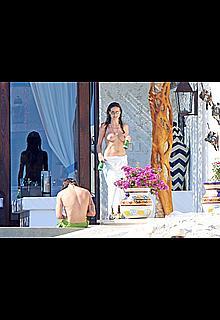 Heidi Klum topless in Cabo San Lucas with her new boyfriend
