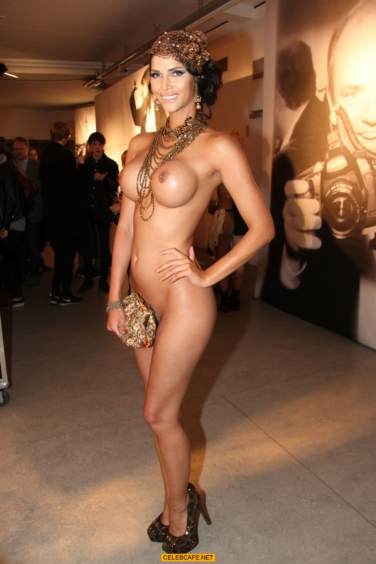 07 jan 2015 micaela schaefer posing fully nude at photo exhibition in