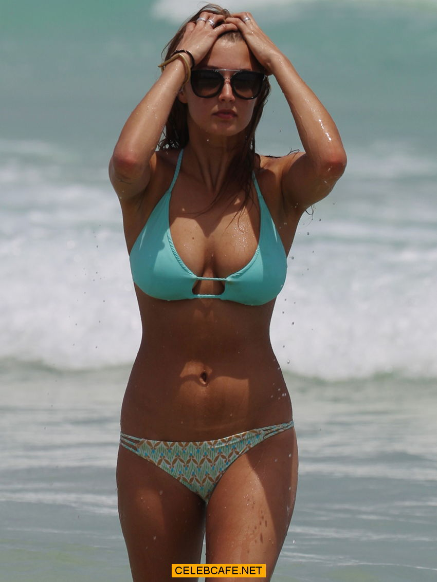 alyssa arce pokies in blue bikini at a beach in miami