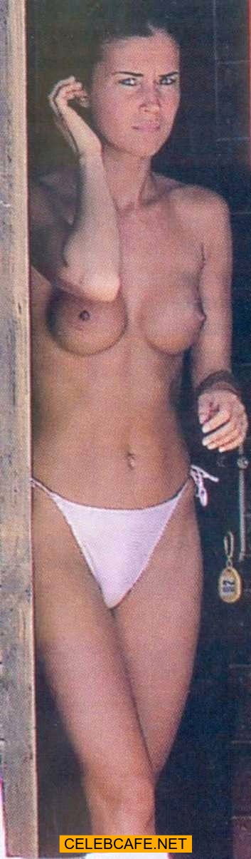 Italian Antonella Mosetti topless on a beach paparazzi images: http://www.celebcafe.net/blog/posts/0001661.shtml