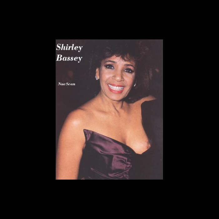 Welsh singer Shirley Bassey nipple slip paparazzi shots