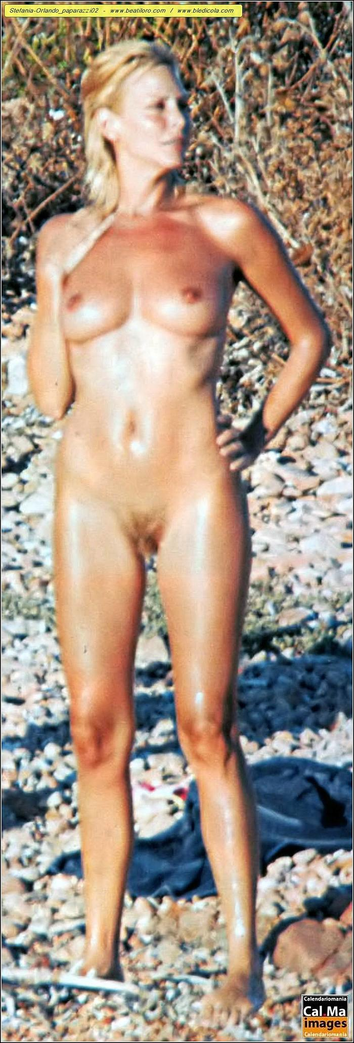 Stefania Orlando full frontall nude on a beach