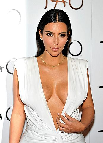 Kim Kardashian celebrates her birthday at Tao Nightclub, shows nice cleavage
