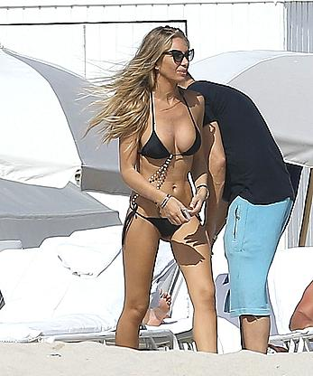 Laura Cremaschi sexy in black bikini candids