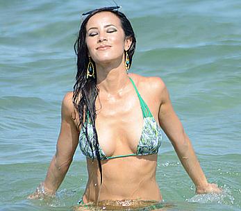 Lisa Opie sexy in bikini in Miami