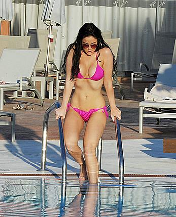 Vicky Pattison in pink bikini poolside in Tenrife