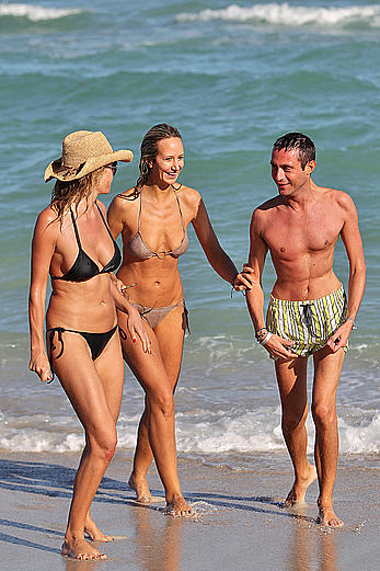 Lady Victoria Hervey nipple slip paparazzi shots