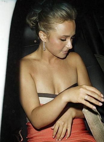 Hayden Panettiere shows sexy cleavage paparazzi shots