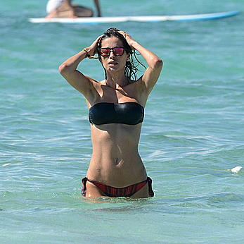 Aida Yespica enjoying day on the beach in Formentera