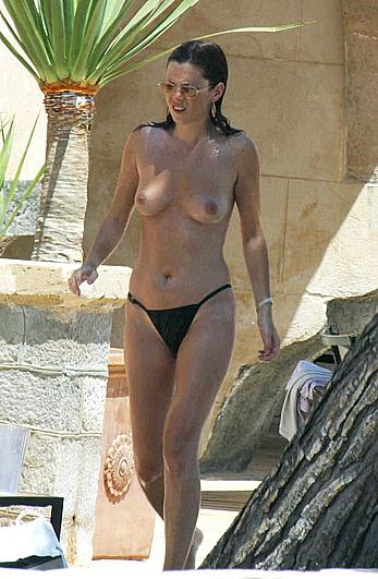 Anna Friel topless poolside paparazzi shots