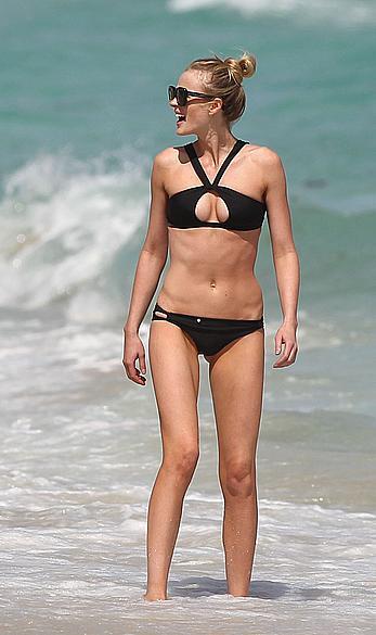 Anne Vyalitsyna wearing black bikini in Miami