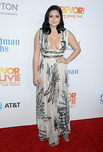 Ariel Winter sexy cleavage at The Trevor Project 2016