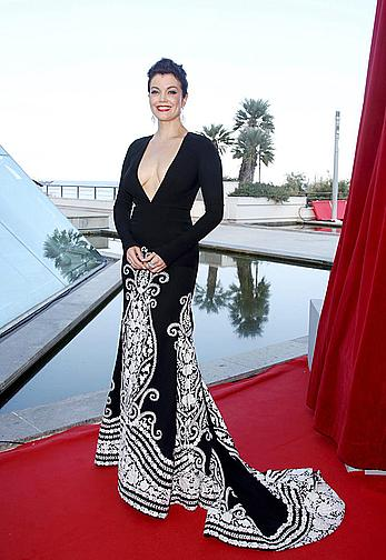 Bellamy Young cleavage at Monte Carlo Television Festival