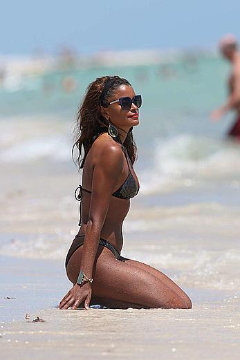 claudia jordan sexy in bikini candids in miami