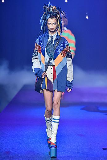 Dasha Khlystun runway at Marc Jacobs SpringSummer 2017 Show at New York City Fashion Week