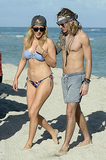 Ellie Goulding sexy in bikini on the beach in Miami