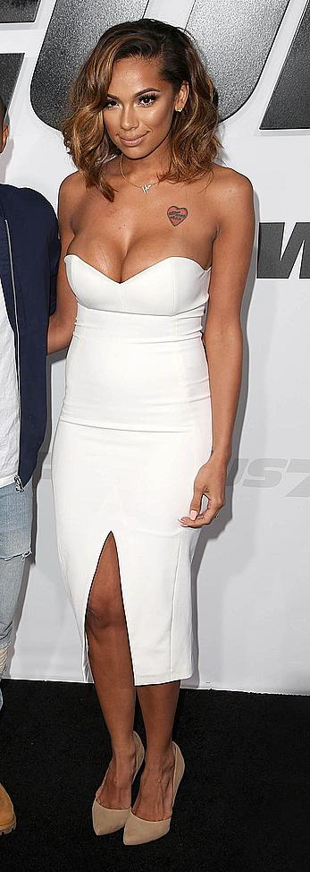 Erica Mena deep cleavage at Furious 7 premiere
