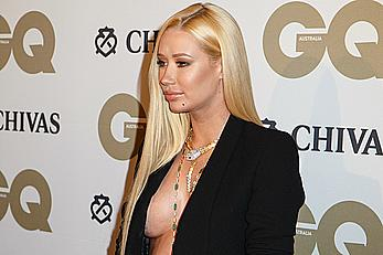 Iggy Azalea no bra under jacket at 10th annual GQ men of the year awards