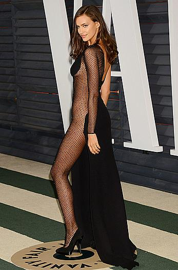Irina Shayk without bra and pants under dress at 2015 Vanity Fair Oscar Party in Hollywood