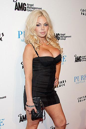 Busty Jesse Jane hosts the official AVN After-Party at Pure Nightclub