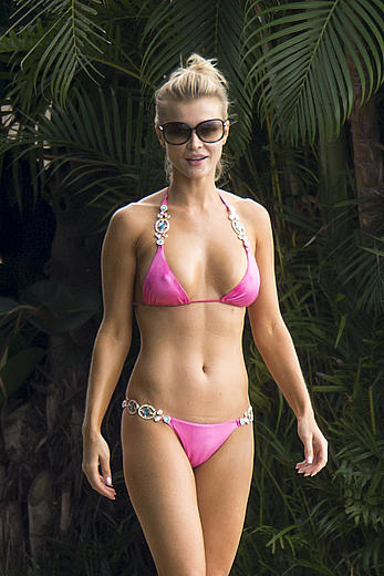 Joanna Krupa hard nipples and cameltoe in pink bikini in Miami
