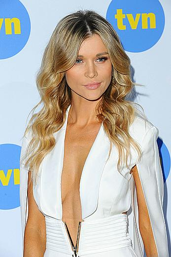 Joanna Krupa sexy at At TVN's Spring Schedule conference in Warsaw