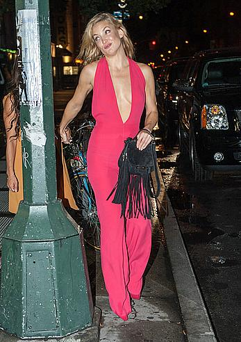 Kate Hudson leaving a nightclub in New York City