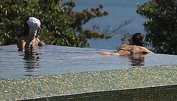 Kim Kardashian round sexy ass at vacation in Costa Rica
