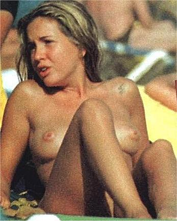 Laura Manzanedo various topless paparazzi shots