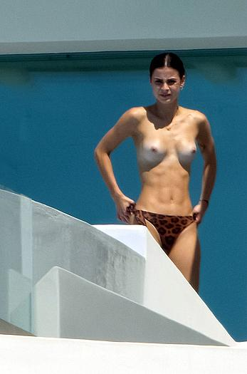 Lena Meyer-Landrut topless in Mykonos