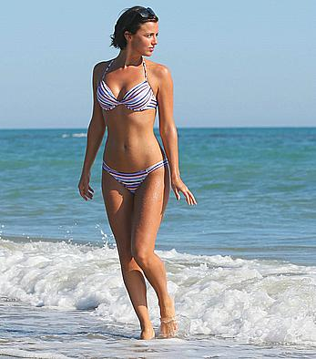 Lucy Mecklenburgh sexy in bikini in Italy