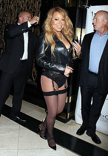 Mariah Carey walking carpet without skirt at 1 OAK nightclub in Vegas