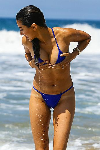 Noureen DeWulf areola slip from blue bikini in Santa Monica