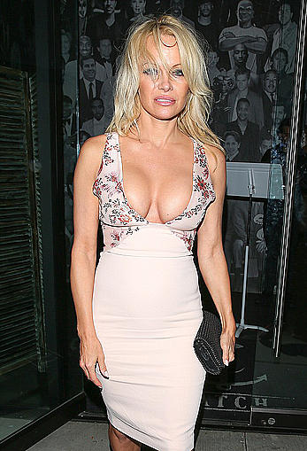 Pamela Anderson nice cleavage leaving Catch in Hollywood