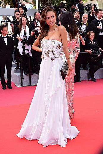 Patricia Contreras areola slip at Everybody Knows premiere in Cannes