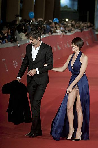 Samantha Capitoni wardrobe malfunction, upskirt to pants at the Rome Film Festival