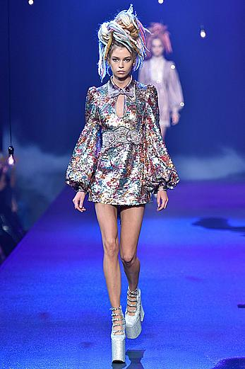 Stella Maxwell legs runway images from Marc Jacobs SpringSummer 2017 Show at New York City Fashion Week