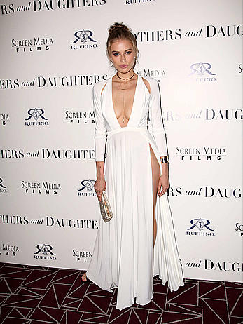 Tanya Mityushina slight clevage at Mothers and Daughters premiere