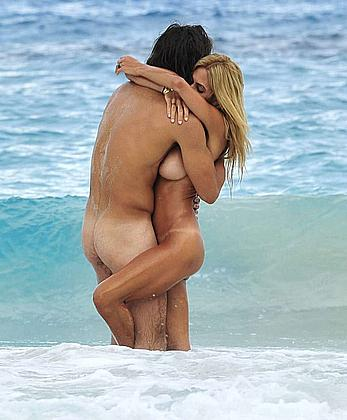 Shauna Sand fucking and blowjob on the beach