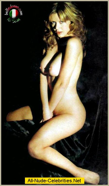 Celebrities With Naked Pics