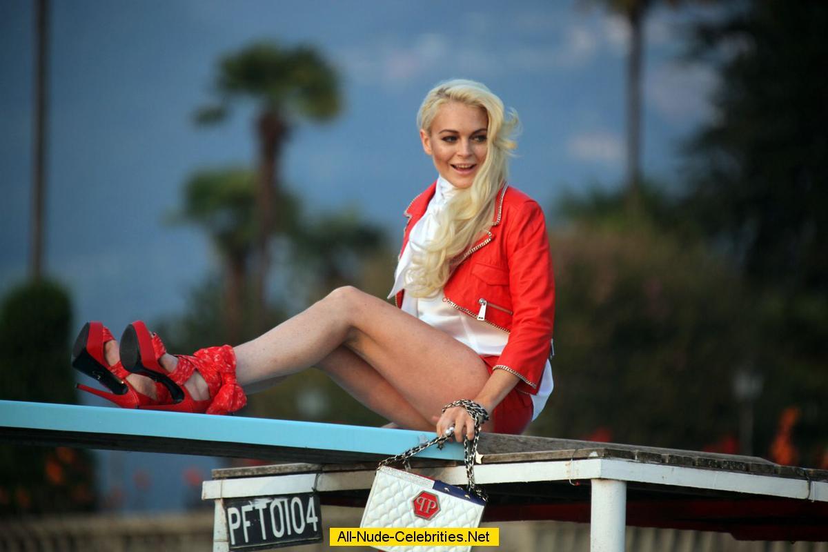 Фото пяточки русских актрис 27 фотография