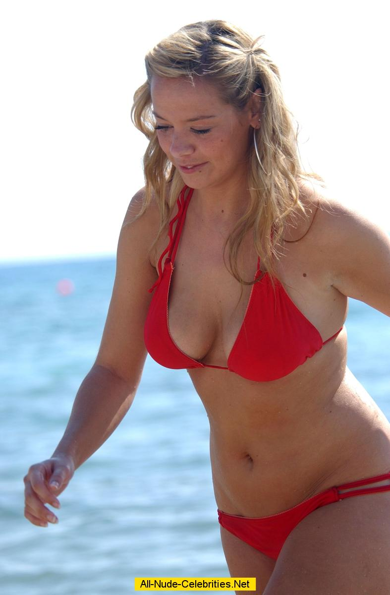 Liz McClarnon sexy in red bikini on the beach: www.celebcafe.net/l/liz_mcclarnon_02/topcelebs.html